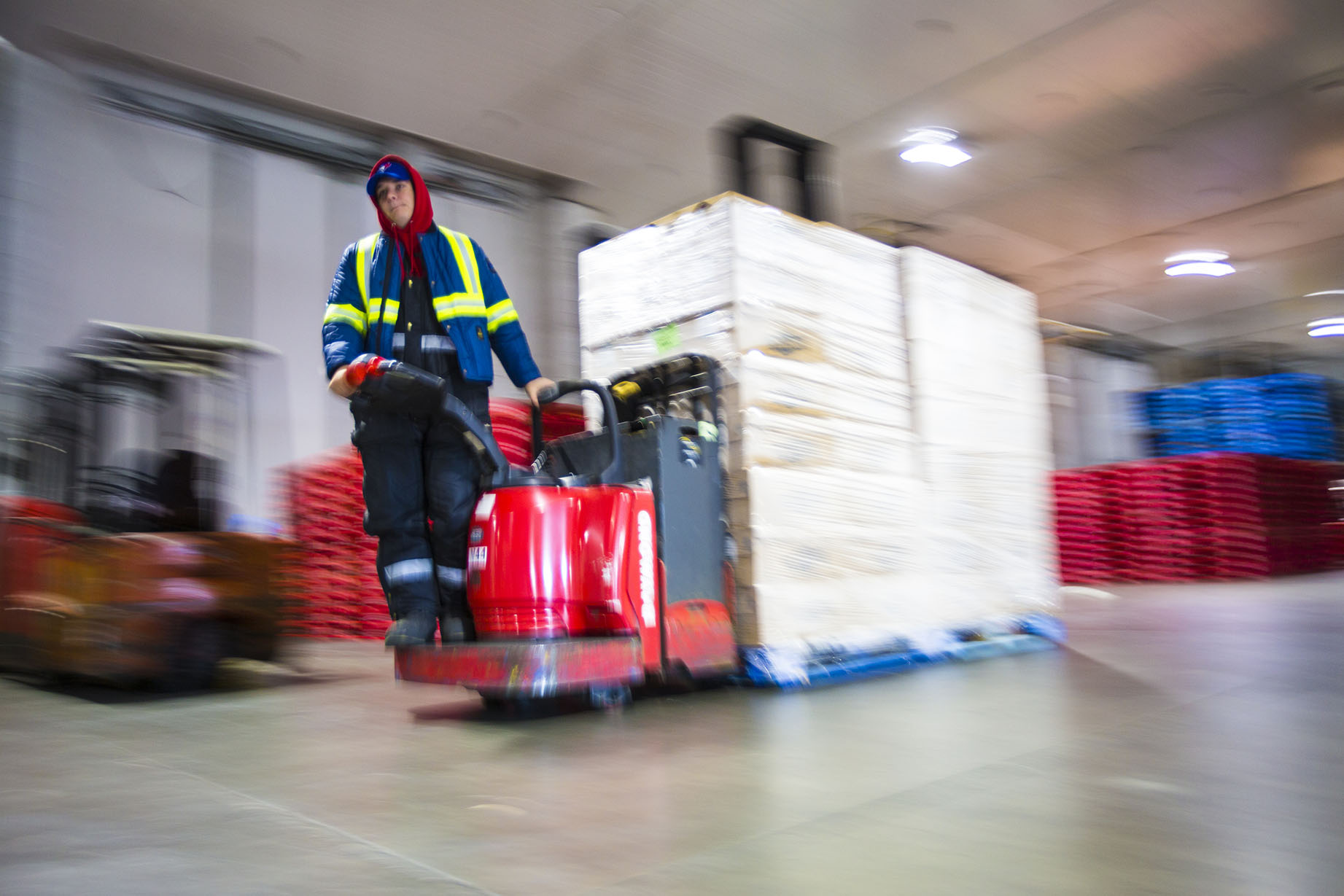 Material Handling Equipment (MHE) Safety: Are you following these best practices?