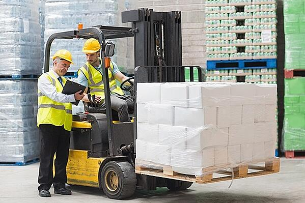 Three Easy Steps to Avoid Workplace Injury While Lifting Heavy Objects